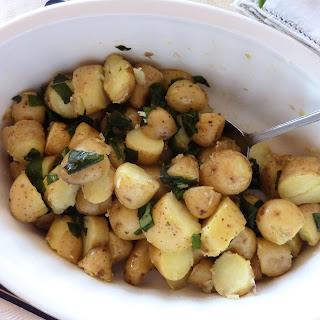 Baby Potatoes Salad with Basil