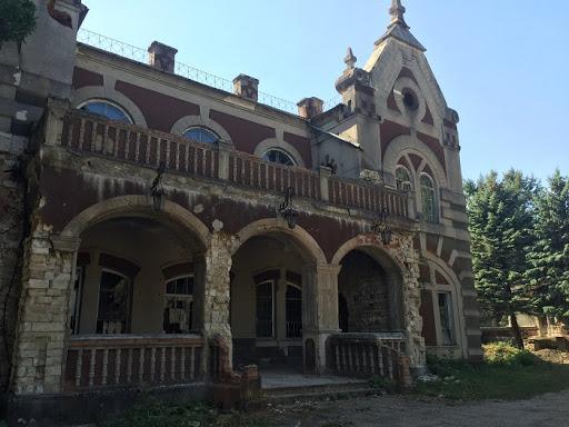 De la Parcul Țaul la Biserica de lemn Macareuca și Cimitirul ...