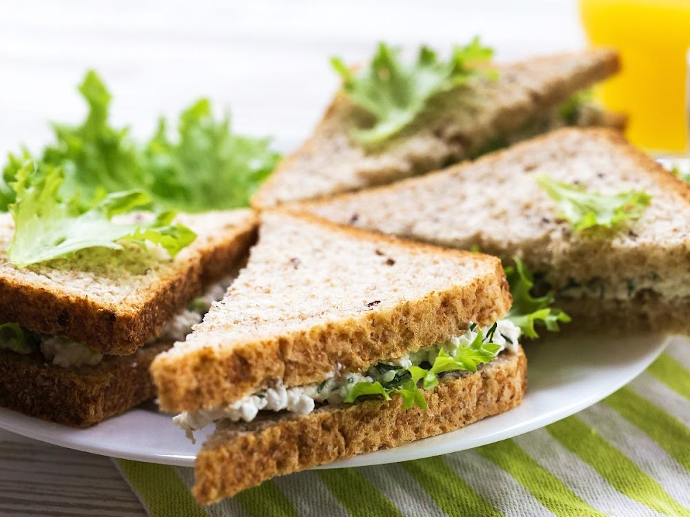 easy-diet-friendly-sandwiches_cottage_cheese_sandwich