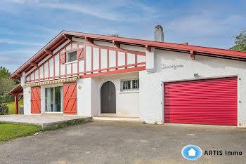 maison à Saint-Pée-sur-Nivelle (64)