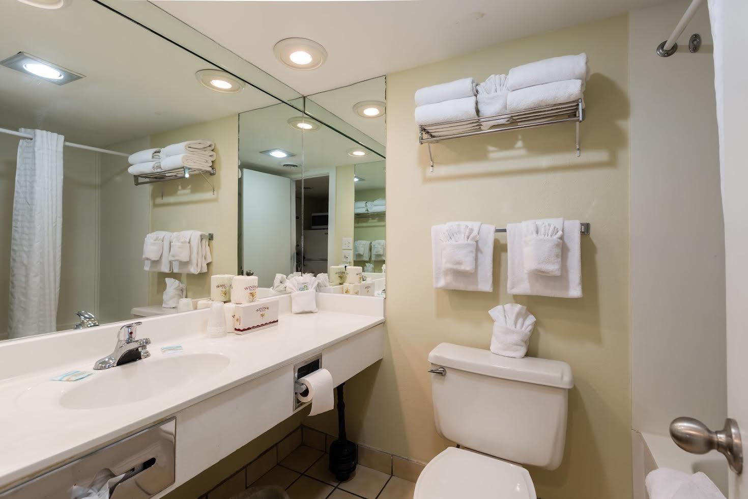 One Bedroom Oceanfront Picture Number 5