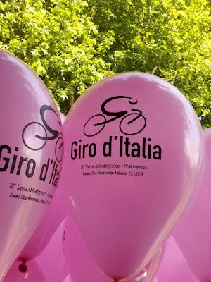il colore rosa per noi italiani di Charlie_balloon