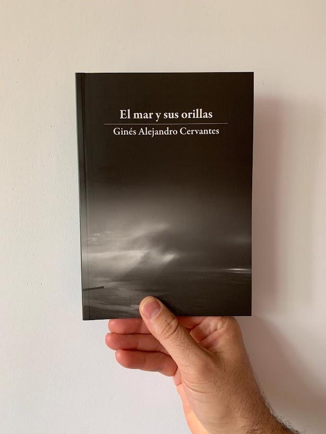 Portada del poemario publicado por la editorial de Márgenes Arquitectura.