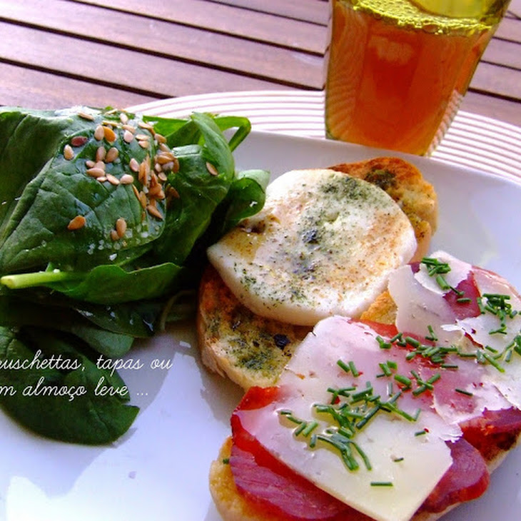 Summer Lunch Toast with Pork and Cheeses