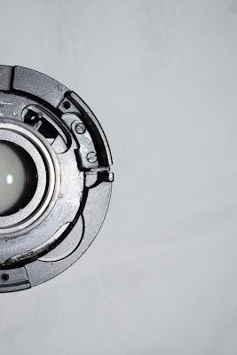 Lens di Gabriele Baroni