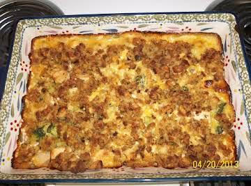 Cheesy Chicken Broccoli Stuffing Bake