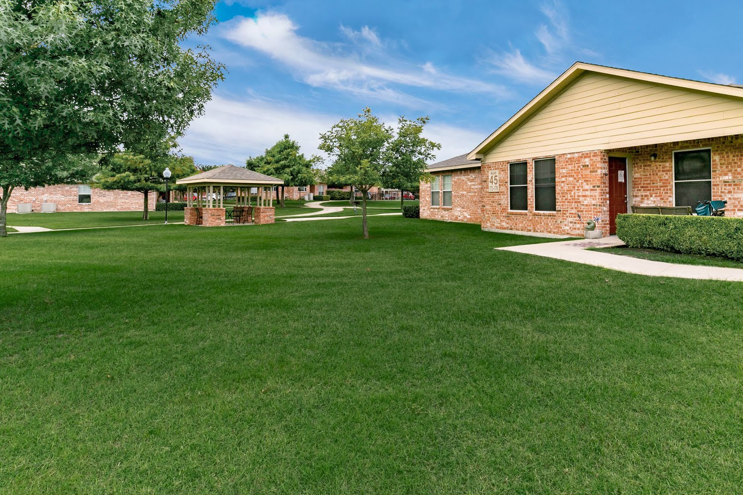 terrel senior singles Explore senior housing options in terrell, tx, and nearby cities  these communities range from apartment complexesor condos, to single-family homes in a gated .