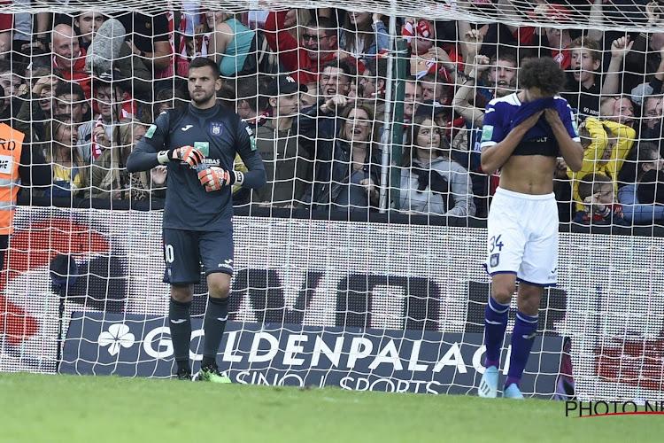 """De strafschopfases in KV Kortrijk-Anderlecht: """"Sandler-Ajagun had de VAR gelijk om niet tussen te komen"""""""