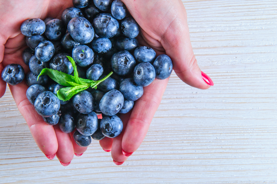 How a Daily Dose of Blueberries Can Slow Down Aging, Fight Free Radicals, and 7 More Things