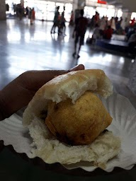 Pandurang Wada Pav And Sandwich Centre photo 3