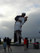 Photo: Unconditional Surrender statue in the San Diego harbor