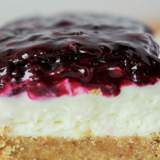 No Bake Blackberry cheesecake bars