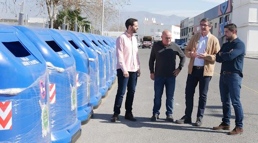 Adra aumenta su capacidad para reciclar cartón con 25 contenedores más