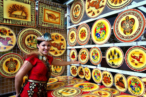 Tonga-shop-plates.jpg - Wander the shops in Tonga to find mementos of your cruise.