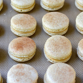 Snickerdoodle Macarons