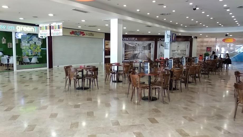 Foto Centro Comercial Praza Elíptica 10