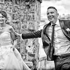 Wedding photographer Fabrizio Durinzi (fotostudioeidos). Photo of 09.10.2017