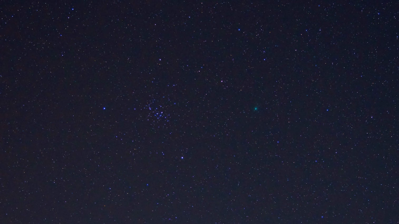 M44 and Comet Lovejoy (C/2013 R1) on November 6, 2013
