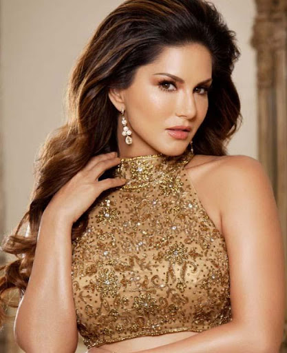 Sunny Leone Wallpapers HD cute photos 1