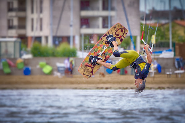 Kitesurfing di Marcello Zavalloni