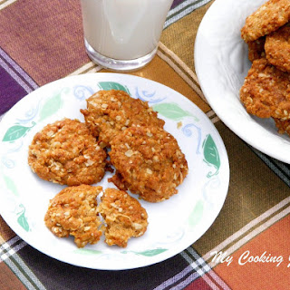 Anzac Biscuits – A Popular Biscuit/Cookie from Australia and New Zealand (Egg Less Cookies).