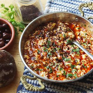 Turkish-Style Vegan Tofu Scramble (Vegan Menemen)