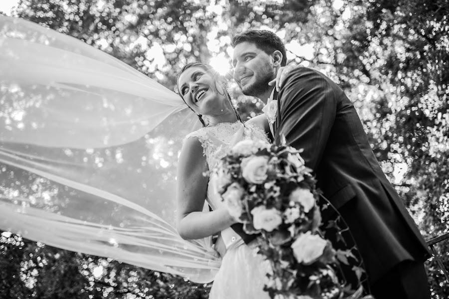Fotografo di matrimoni Giandomenico Cosentino (giandomenicoc). Foto del 24.05.2017