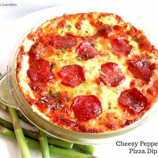 Cheesy Pepperoni Pizza Dip