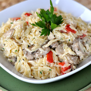 Creamy Orzo with Chicken, Mushrooms and Red Peppers