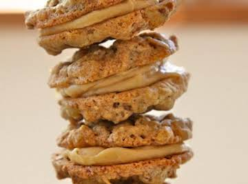 Oatmeal Sandwich Cookies with Creamy Peanut Butter