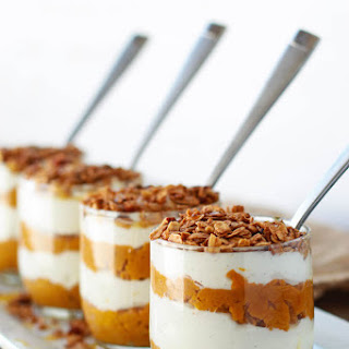 Pumpkin Pie Greek Yogurt Parfaits
