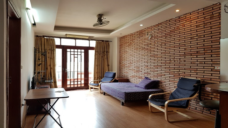 Lovely 1 – bedroom apartment in Old Quarter Hanoi for rent