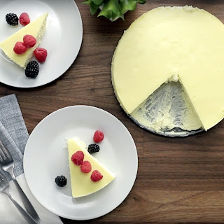 5-Ingredient Cheesecake.