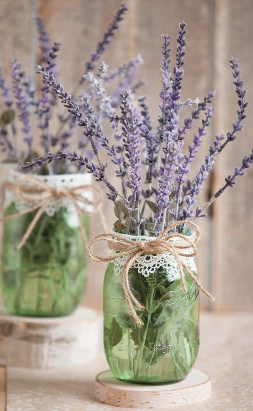 lavender in a mason jar