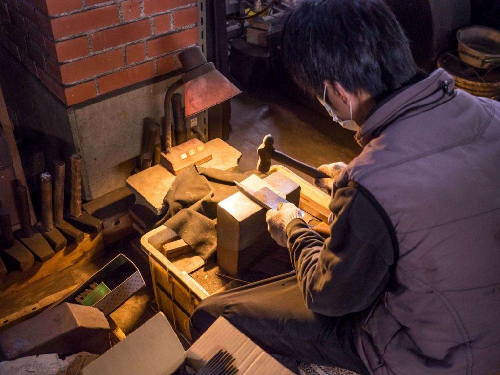 Khám phá quy trình rèn dao của đất nước Nhật Bản