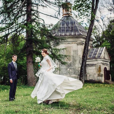 Wedding photographer Mila Konoplickaya (Milaphotos). Photo of 06.06.2016