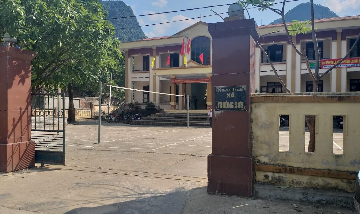 Trụ sở UBND xã Trường Sơn