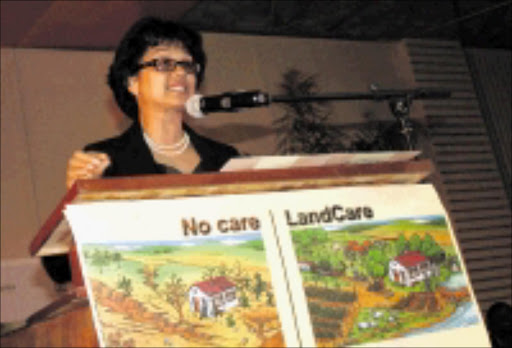 WAKE-UP:Minister of agricuture,forestry and fisheries Tina Joemat-Pettersson address delegates during Land Care conferance. Pic: Chester Makana. 14/07/2009. © Sowetan.
