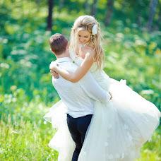 Wedding photographer Yuliya Suncova (Suntsova). Photo of 30.01.2014