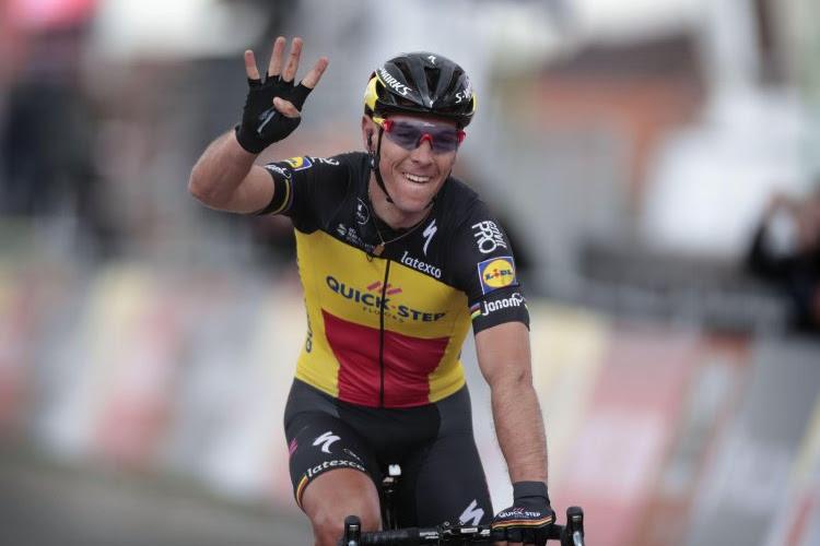 Belgisch kampioen Philippe Gilbert aan het feest in de Ronde van Zwitserland