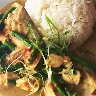 Easy Thai Coconut Curry Chicken Recipe