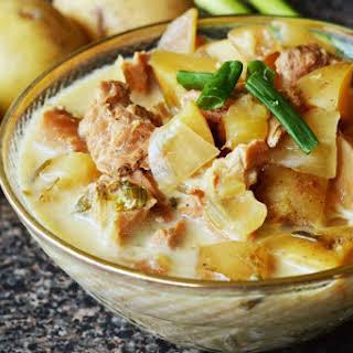 CrockPot Chicken Garlic Potato Soup.
