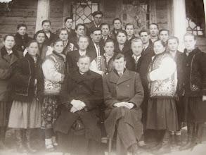 Photo: Церковний  хор, 1950  рік