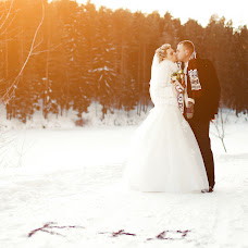 Wedding photographer Vladimir Mikhalenko (GhostlyTalamaur). Photo of 23.01.2014