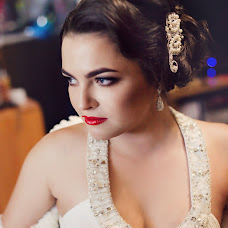 Wedding photographer Elizaveta Aleksakhina (LisaAlex87). Photo of 20.11.2014