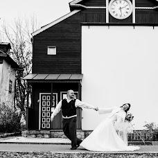 Wedding photographer Olya Khmil (khmilolya). Photo of 22.11.2016