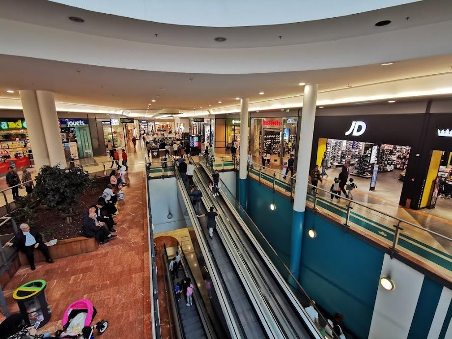 Foto Centre Commercial Côté Seine 1
