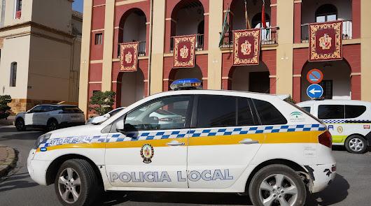 La Policía Local de Berja detiene a un hombre acusado de malos tratos