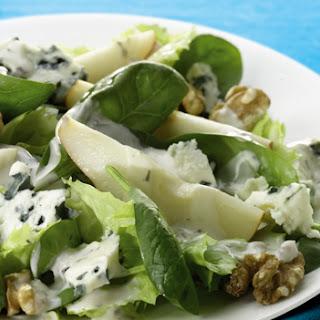 Salade Van Peer En Veldsla Met Walnoot En Roquefort