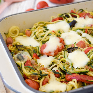Roasted Red Pepper & Tomato Courgetti Bake.
